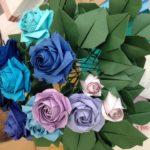 紙で作った薔薇